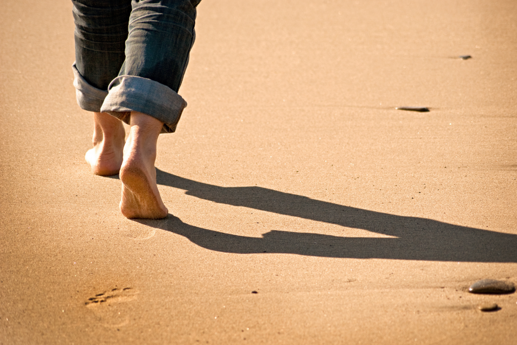 A Mindful Middle Walking